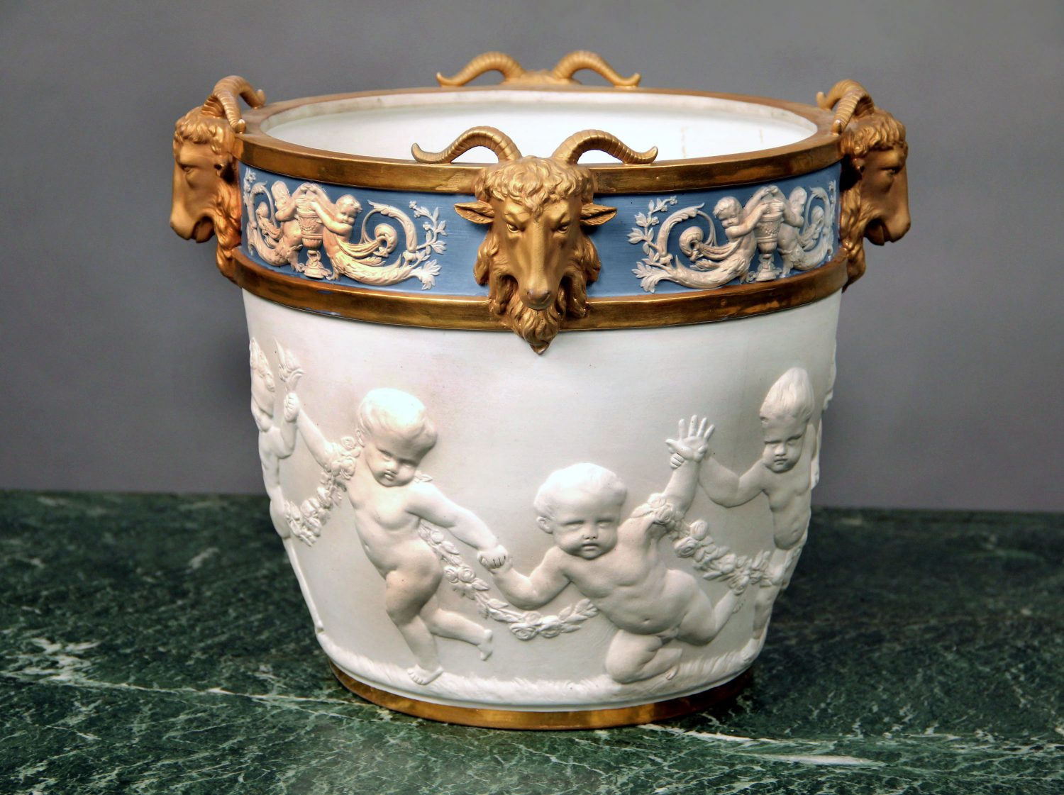 19th & 20th Century Objects d'Art